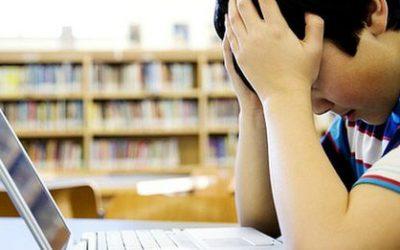 Cyber autolesion: ¿Porque la gente abusa de sí mismo en internet? Self-trolling